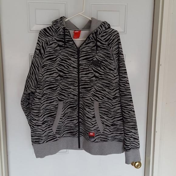 17a09039e4 Nike Zebra Print Hoodie. M 59d153878f0fc4e91c0aa34e. Other Jackets ...