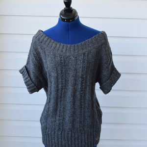 Hollister Womens Gray Knit Sweater *NWT* - MED