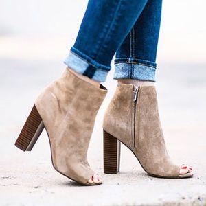 Sam Edelman Yarin Suede brown tan heels