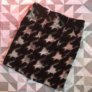EUC Go International houndstooth corduroy skirt!