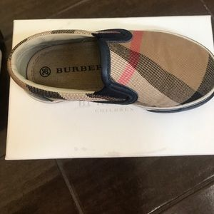 9340e3dfb56db Burberry Shoes - Burberry Linus Slip On Shoes EUC