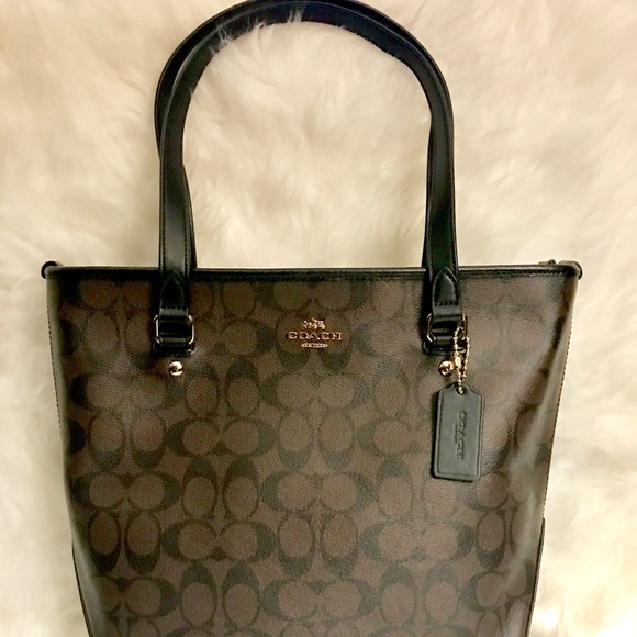 d133b5a9d37f ⚡️SALE LAST DAY. COACH-NWT.! BEAUTIFUL LEATHER!