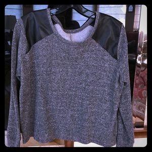 Other - 2 for $10. Tresiscs sweatshirt