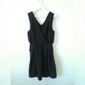 NWT - Tinley Road Origami dress