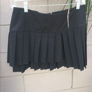Black micro mini skirt with pleats