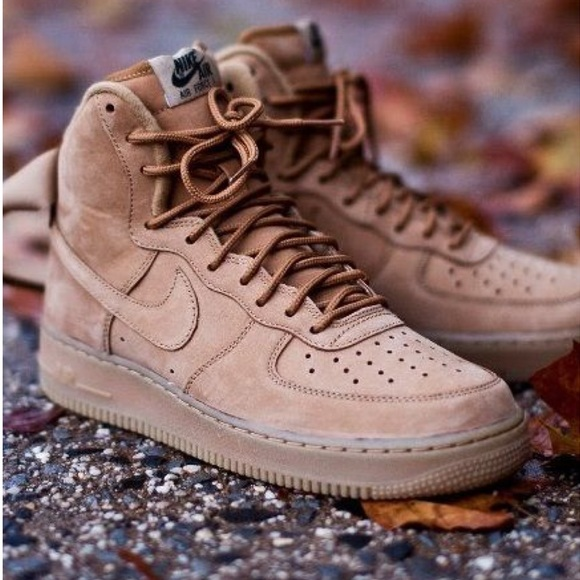 design intemporel d4ae1 56e11 Nike Air Force 1 Camel Brown Leather Sz 7 Sneakers