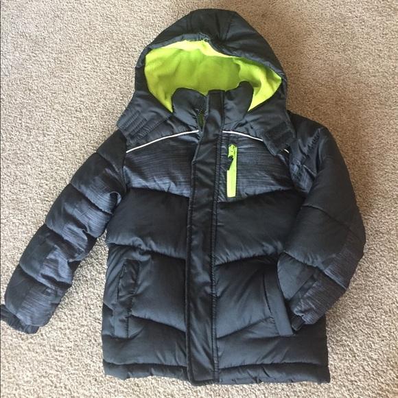 1429b3d3cbfa9d Boys Puffer Winter Jacket. M 59d175dd3c6f9f12780b666e