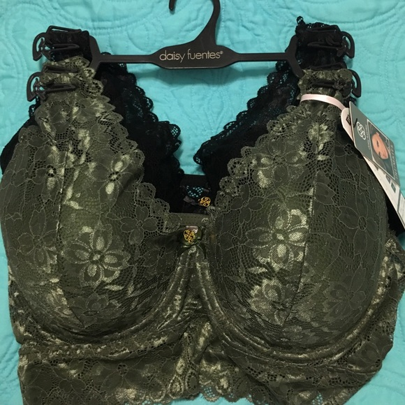 a5fe5c74e2 NWT Daisy Fuentes TWO PACK plus size lace bras