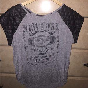 Tops - Bling New York Shirt Size Medium