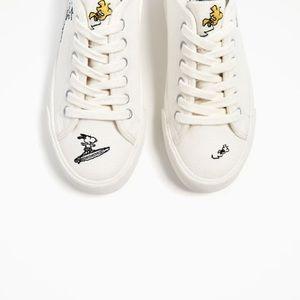 Zara white  Snoopy pimsolls