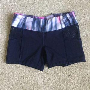 Lululemon short with pockets