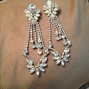 Jewelry - Vintage rhinestone long earrings