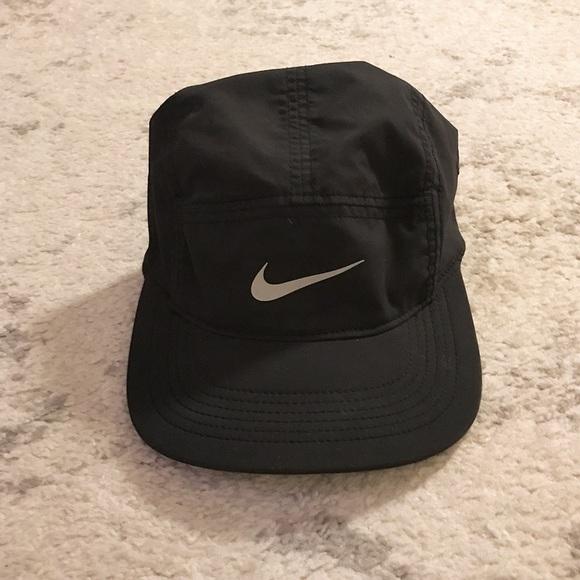 a2d03e9c75f Black Nike AW84 Dri-Fit hat. M 59d18971f0928280320bd27d