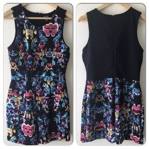 {Nicole Miller} Floral Jumper Dress with Shorts, S