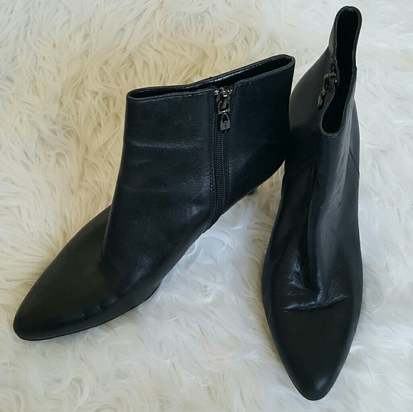 fc4318a50bd Tahari 'Felicity' Black Leather Ankle Boot Size 8M