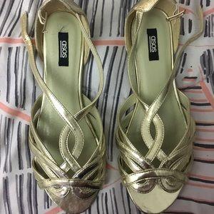 Metallic peep toe sandals