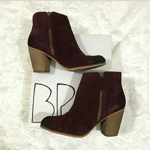 NIB BP Trolley suede boots dark burgundy 8.5