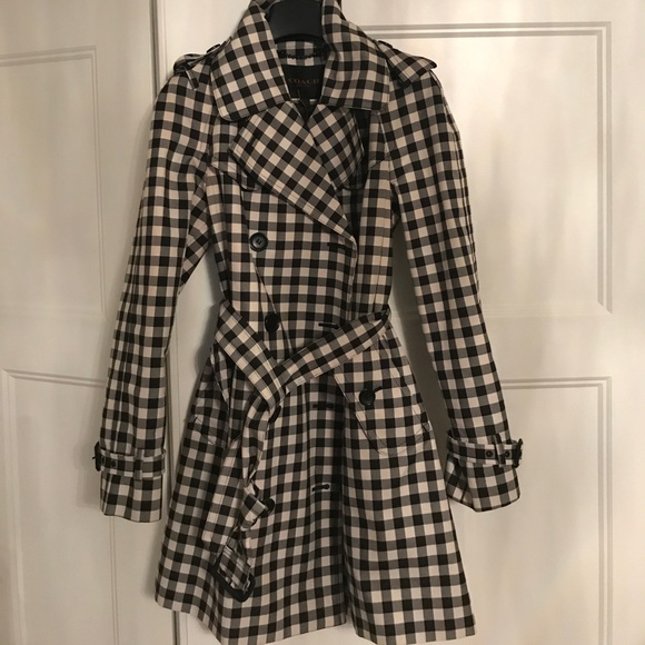 distinctive design distinctive style the best attitude Black and white checkered coach trenchcoat