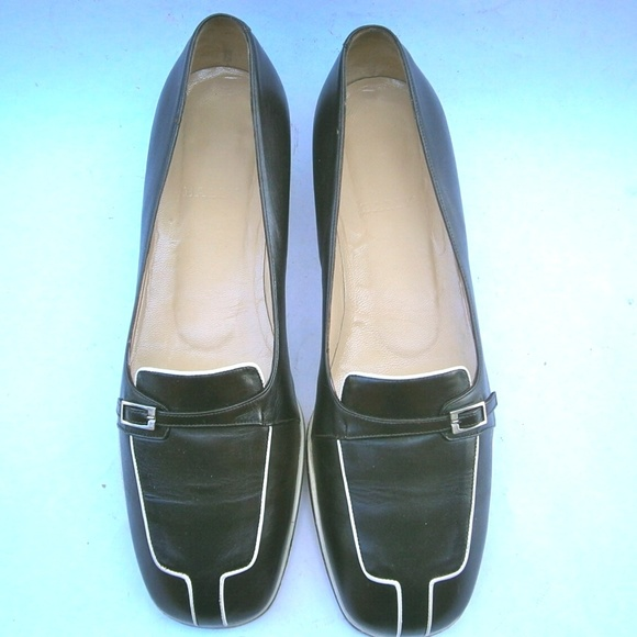 279b64466ad Bally Shoes - Classic Black Bally Italian Ladies Shoes Size 9M