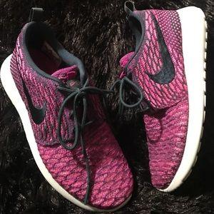 best website 0c925 3a077 Nike Shoes - NIKE WOMENS ROSHE ONE FLYKNIT 704927-302