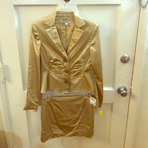 Kay Unger two piece fitted suit/w mini skirt
