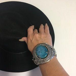 Jewelry - Gorgeous Statement Cuff Bracelet