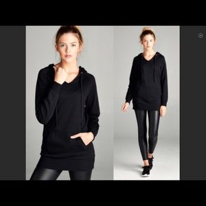 Tops - French Terry hoodie in black