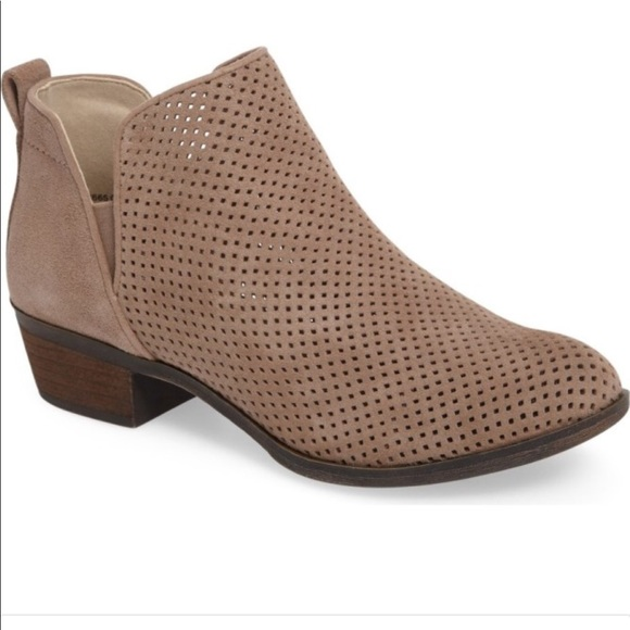 33dc7d58cc07 NEW Nordstrom BP Faren Perforated Suede Booties. M 59d25670620ff72032009dc9