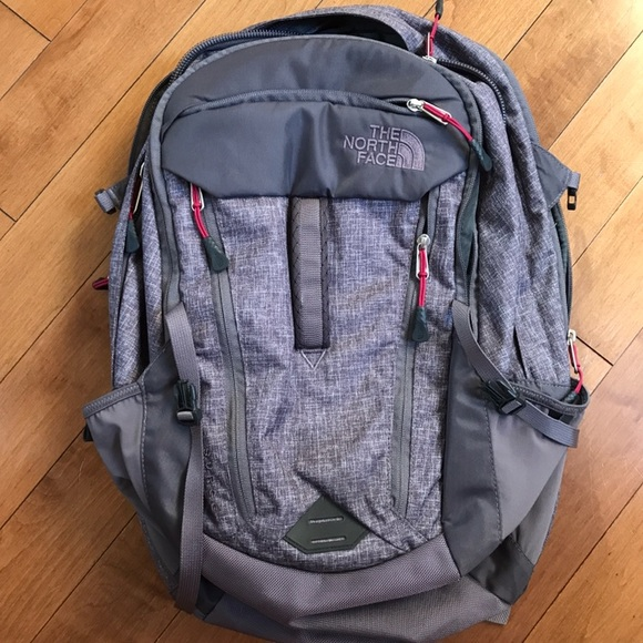 a6113370e Women's North Face Surge Backpack, grey/pink