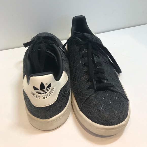 Adidas Shoes - Stan Smith Adidas Reptile Print