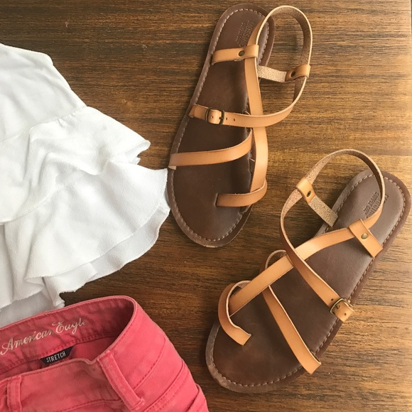 1477ab3c756 🌷Women s Lavinia Thong Sandals Mossimo Supply Co.
