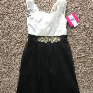 NWT Amy BYER Gorgeous Shimmer Formal Dress Girls 7