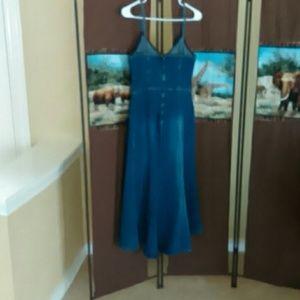 Women's tapered Jeanette Dress.