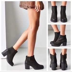 b9f7406ee999 Vagabond Shoes - Vagabond Nubuck Grace Double Zipper Ankle Boot