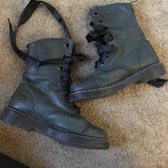 new cheap buy popular super cute BLACK FRIDAY SALE! Blue doc martens triumph boots