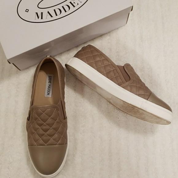 05a87677d7b Steve Madden Zaander slip on sneakers sz 8.5. M 59d287a713302aab900026b1
