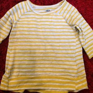 Old Navy stripped tee. Size 2T.