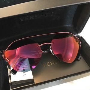 e74cbe4e94 Versace Accessories - Versace Manifesto Sunglasses