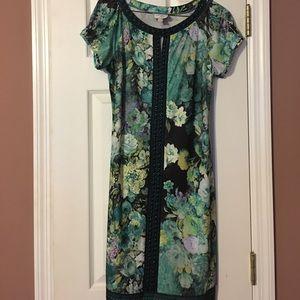 Dresses & Skirts - Beautiful green floral beaded dress