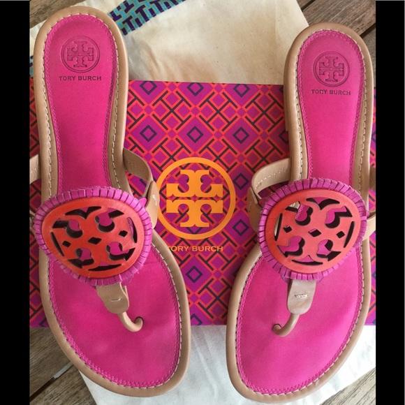 72ed4652c7a000 TORY BURCH    Miller Fringe Sandals    size 10. M 59d2950b2ba50a2caf005e15