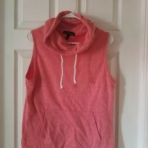 Sleeveless cowl next sweatshirt