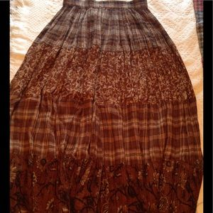 Dresses & Skirts - Long Patterned Cotton Skirt w/elastic waist