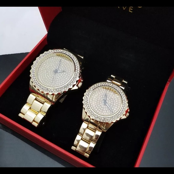 1a72ebf4fe09 COUPLES MATCHING LUXURY WATCH SET HIS   HERS GIFTS
