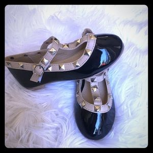 Rock stud toddler flats