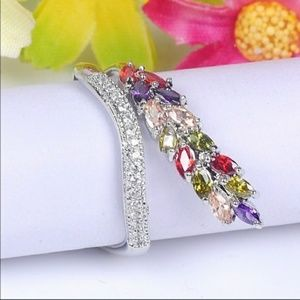 Jewelry - Sterling Silver multicolored Gems wrap ring