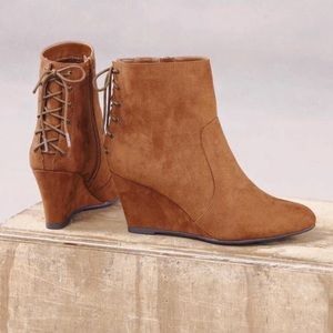 Whiskey Distressed Wedge Bootie