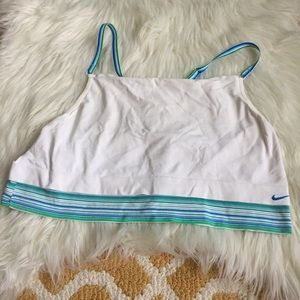 ⭐️white nike crop sports bra size L/XL