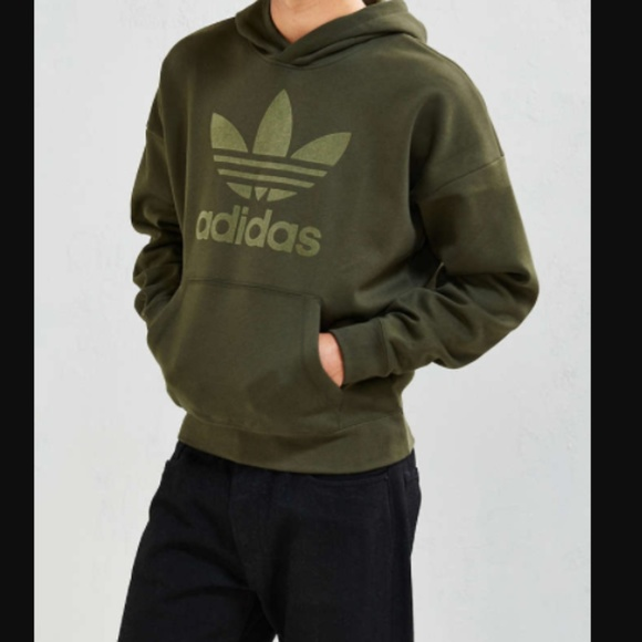 Adidas Camicie Nwot Adicolor Verde Oliva Felpa Sentito Parole Poshmark