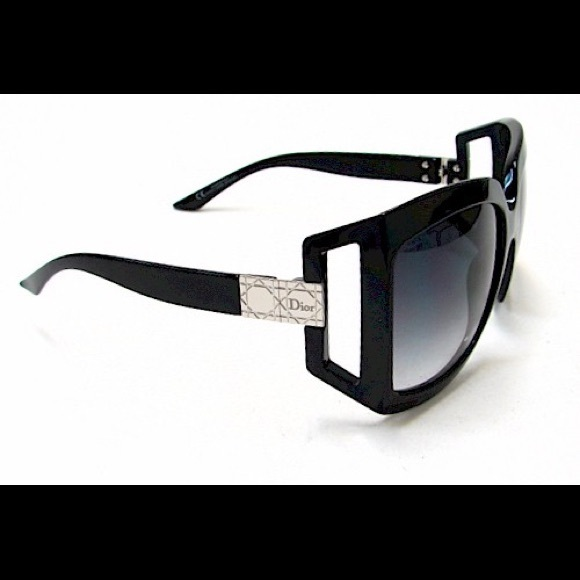 df138d2eb54e Christian Dior Accessories - CHRISTIAN DIOR Sunglasses 611 Black D281B
