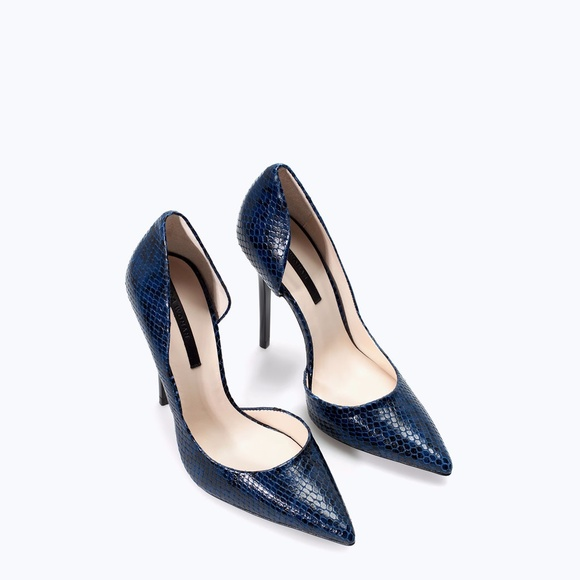 dc234bb4ed6f Zara New Navy Snakeskin Leather D'Orsay High Heel.  M_59d2d0cd2599fe57d2014e72